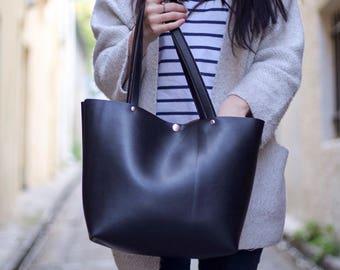"Black classic handbag ""Ana"""