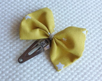 Mustard bow Barrette with stars