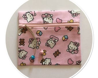 POCKET KITTY BABY AMID PALE PINK WITH MATCHING ZIP AND WOODEN BEADS