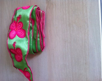 Ribbon with green and pink butterfly motif
