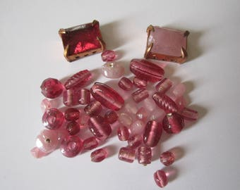 set of 2 pink cabochons and Indian glass beads