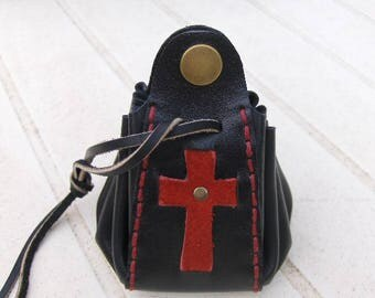 Purse medieval black - red leather hand stitched.