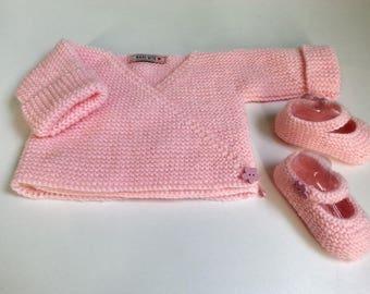 "Bra hides heart & little feet way ""babies"" pale pink 0-3 month - birthday gift idea"
