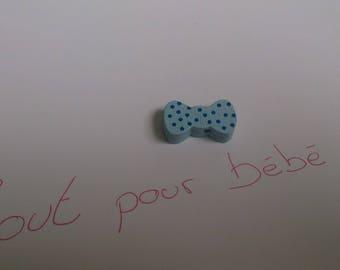 Pearl light blue bowtie