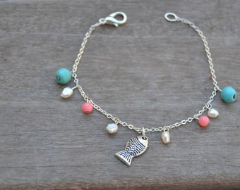 Fish bracelet and freshwater pearls