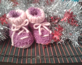 Baby Pink with lace boots size 3 to 6 months