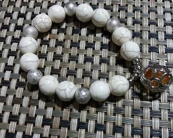 White howlite bracelet with said