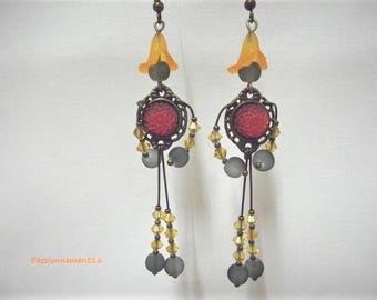 Creative, original, unique earrings, bronze, glass beads, Swarovski Crystal, orange, grey, handmade, France, passionnementseize
