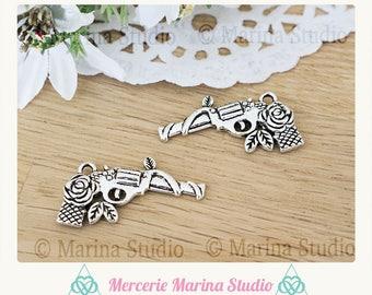 2 n33837 steampunk style gun charms