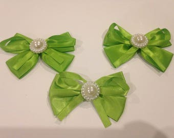Lot 3 appliquéd green bows with Pearl 80 / 55mm