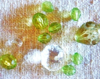 Set of 11 green Crystal, faceted resin beads