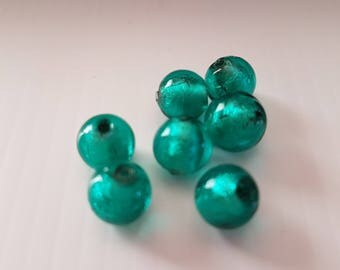 8mm Emerald Green Center silver glass beads