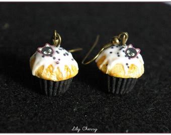 Earring dangle black cat cupcake Fimo polymer clay