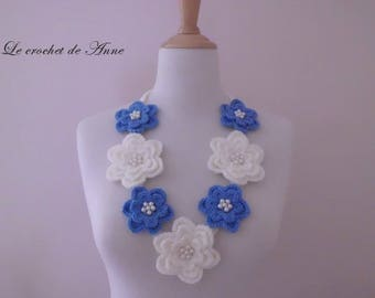 Blue indigo and off white, decorated with flowers and pearls necklace!
