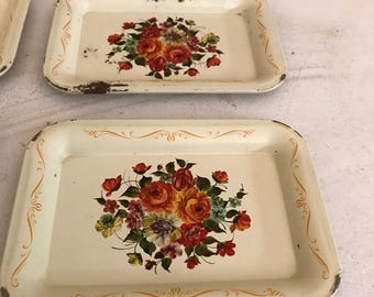 Vintage snack trays with floral design . Set of 8.