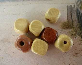 beads 14 mm color shades of beige set of 7 wooden cubes