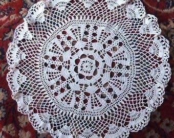 Large white cotton crochet doily * 50 cm round * handmade