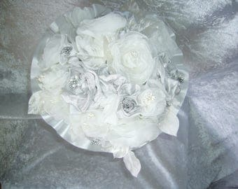 off white and grey bridal bouquet