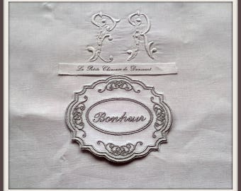 """Old Medallion embroidered """"Happiness"""""""