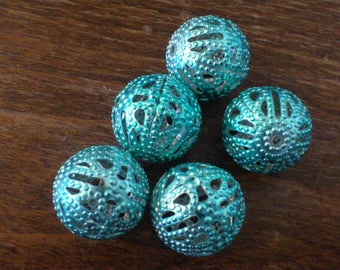 set of 5 blue 15 mm filigree beads