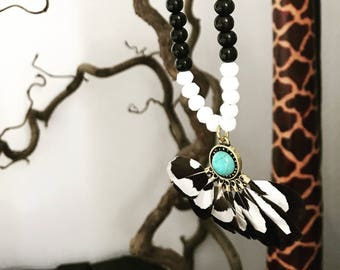 Ethnic necklace feathers