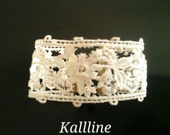 Bracelet white cotton lace and Pearl