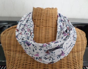 snood scarf white with blue lines and triangles of different colors