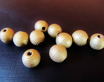 10 round wooden beads 11 mm antique gold