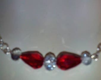 Choker with red and grey Pearl