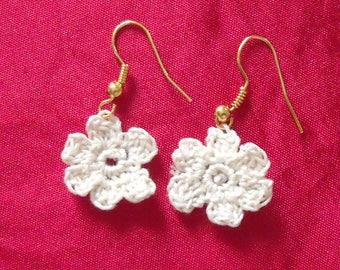 beige Cotton Flower Earrings