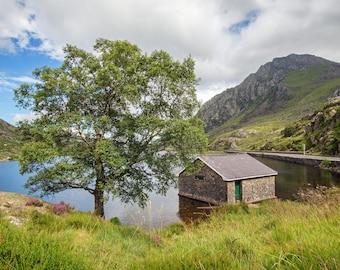 """Wales landscape photo: """"Llyn Ogwen"""""""