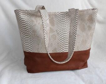 Faux Croc leather handbag / camel
