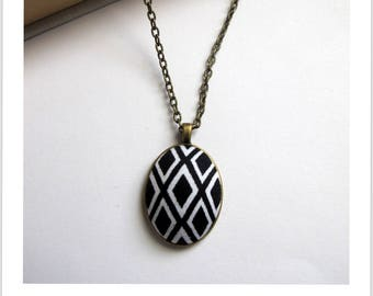 Necklace cabochon adjustable fabric black and white diamond