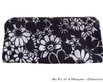 Black and white flowers fabric makeup / eyelet