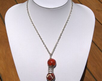 "Necklace ""crazy"" ceramic two shades of Red"