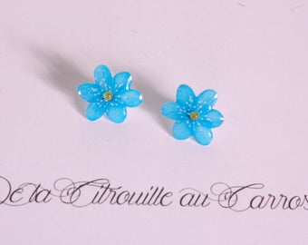 Blue flower ear studs, rhinestones