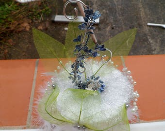 Ring holder with beads feathers leaves customizable