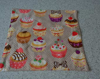 Lined motives cupcake napkins
