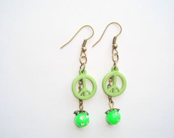 Earrings connector peace and love green