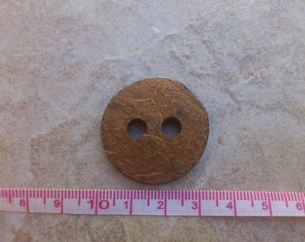 Lot 3 coconut buttons 30mm round