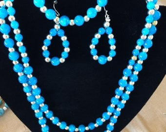 Welcome to Miriam Bits N Bling Shop. All handmade necklae sets.
