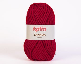 Ball of yarn knitting CANADA collar. 21 Garnet - Katia - 100% Acrylic