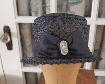 1950's Does 1920's Hat with Bow and Brooch
