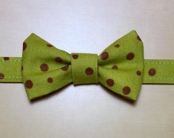 Bow tie for boy green with Brown dots