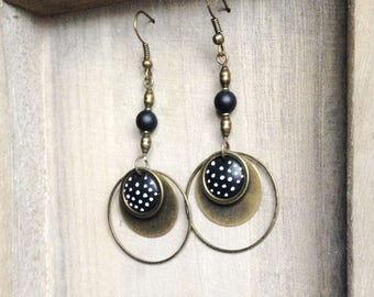Long earrings with vintage black and white polka dots