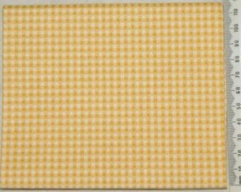 Makower - yellow and white gingham fabric.