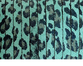 Flat leather 1st quality, skin in Leopard - 5x2mm - multicolored - blue/green, black - sold by 20cm