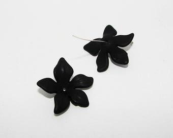 2 matte black flower cups 26.00 mm in length.