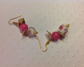Charm Pink Pearl Earrings gold