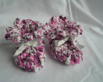 9-12 moisau crochet pink and white wool baby booties